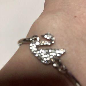Jewelry - (new)925 silver swanky bracelet